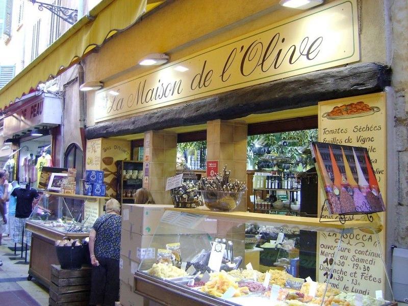 Huile d 39 olive domaine salvator blog la maison de l 39 olive - La maison de l olive nice ...